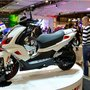 Eicma 2014 Peugeot : Speedfight - gauche